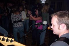 213-1 - Noisy Neighbors Band at Lindey's on Lake Beulah