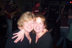 276-1 - Noisy Neighbors Band at Knucklehead Pub in Eagle