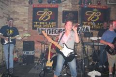 img_0803 05.21.2005 - FOXY'S IN PORT WASHINGTON - Noisy Neighbors Band