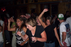 417-1 - Noisy Neighbors Band at Lindey's on Lake Beulah in East Troy