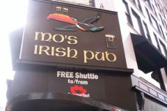 100_0958 - Noisy Neighbors Band at Mo's Irish Pub Downtown Milwaukee