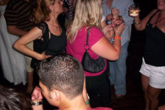 100_0981 - Noisy Neighbors Band at Mo's Irish Pub Downtown Milwaukee