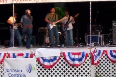 448-1  - Noisy Neighbors Band at Glendale Days