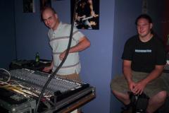 100_0512 - Noisy Neighbors Band at MADISON AVE./ JOHNNY O'S