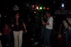505-1Noisy Neighbors Band at Mo's Irish Pub in Wauwatosa