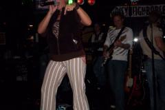 506-1 - Noisy Neighbors Band at Mo's Irish Pub in Wauwatosa
