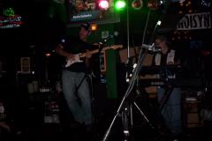 515-1Noisy Neighbors Band at Mo's Irish Pub in Wauwatosa