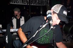 516-1Noisy Neighbors Band at Mo's Irish Pub in Wauwatosa