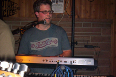 553-1 - Noisy Neighbors Band at Lindey's on Lake Beulah in East Troy
