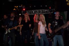 1050-1- Noisy Neighbors Band at Mo's Irish Pub in Wauwatosa