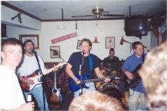 b2.fhouse Noisy Neighbors Band