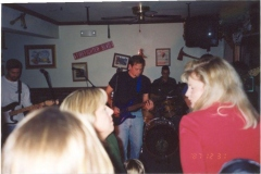 b3.fhouse Noisy Neighbors Band