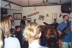 b5.fhouse Noisy Neighbors Band