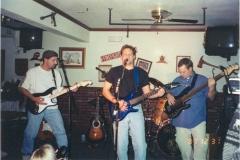 b7.fhouse Noisy Neighbors Band