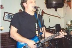 d2.fhouse Noisy Neighbors Band